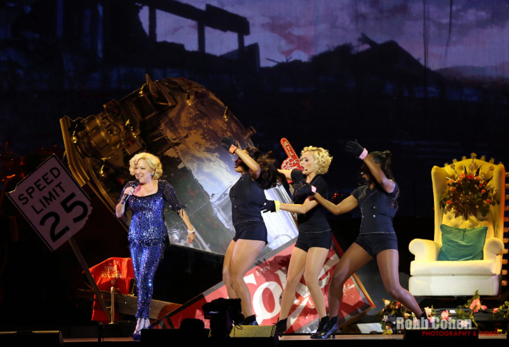 Entertainment-Event-Photographer-Robb-Cohen-Bette-Midler-Concert-Atlanta01.0M4B8786