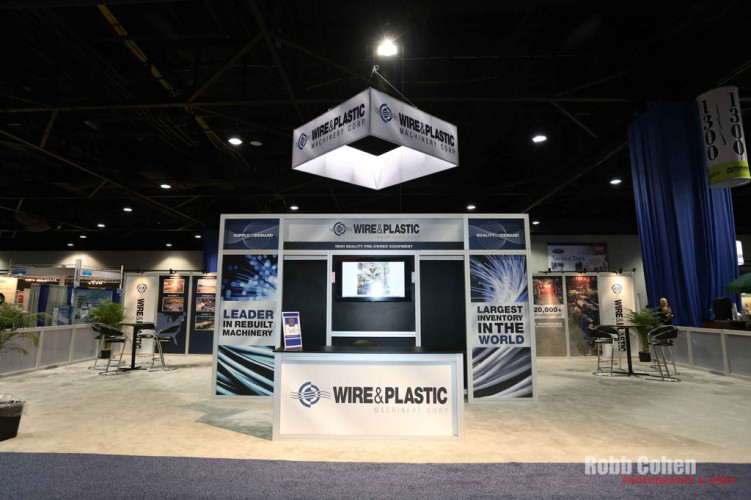 Corporate-Event-Photographer-Robb-Cohen-TradeshowResources01.IMG_6888